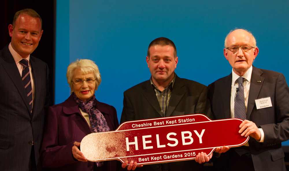 Helsby win the Best Kept Gardens Awards 2015